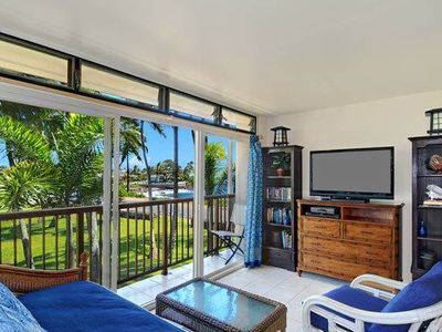 Photo for Nice Ocean Views, Steps Away from Snorkeling and Oceanfront Dining