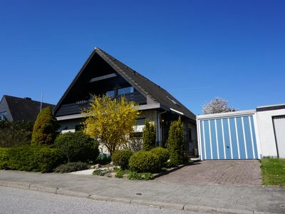 Photo for Detached house in a quiet area, close to the town center and 7 km to the beach