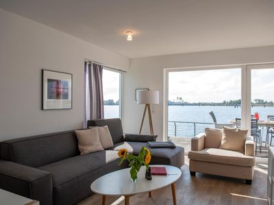 Photo for Spacious duplex apartment with water on both sides - all day