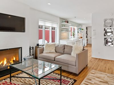 Photo for Casa Rojo - Sleek and Comfortable, Blocks From The Plaza