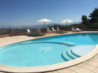 Photo for Lovely 2 Bed Roomed Apartment with Communal Pool (Offers May Be Available)