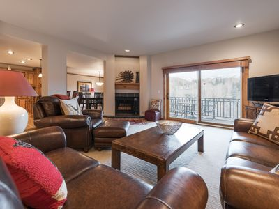 Photo for Beautifully decorated condo on Elkhorn golf course with private deck, lush views and hot tub access