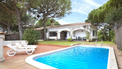 Photo for Villa - 3 Bedrooms with Pool and Sea views - 104658
