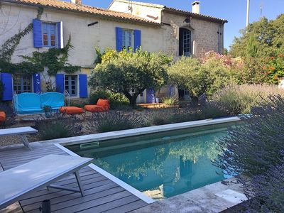 Photo for holiday vacation villa rental france, provence, near Avignon, air conditioning, wi-fi, internet, pool, large French vill