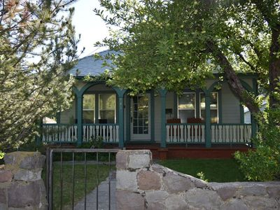 Photo for Charming House Downtown Mt Shasta City
