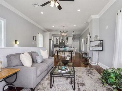 Photo for Walk 7 blocks from the French Quarter-- 6 Blocks from the Superdome
