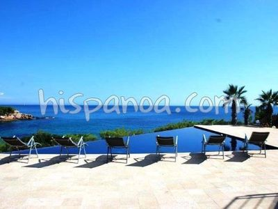 Photo for Luxury villa on the Costa Dorada beachfront
