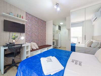 Photo for Augusta studio with pool, gym and laundry. 202