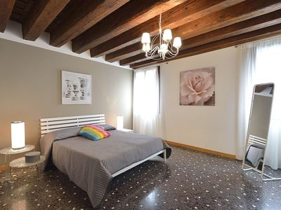 Photo for APARTMENT IN A BUILDING WITH CANAL VIEW, GARDEN & WI-FI - ACCADEMIA AREA