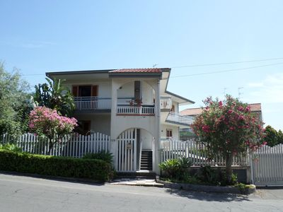 Photo for Fabulous apartment with views of Mount Etna and the sea.