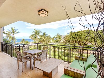 Photo for Luxurious 3rd floor 2 bedroom 2 bathroom Beach Villa Ko Olina
