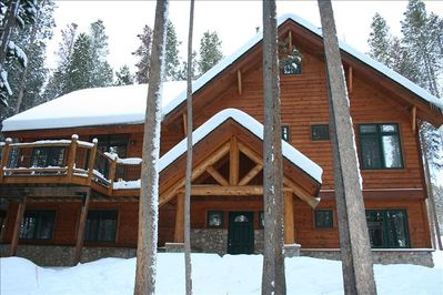 """""""Snow Dream"""" Private setting in the lodge pole pines"""