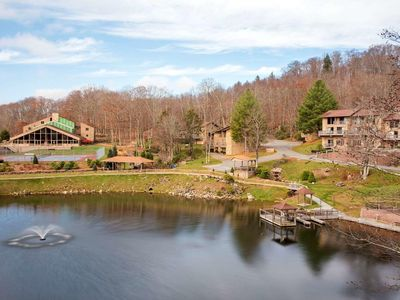 Photo for Two Bedroom Loft in Banner Elk, NC (4 nights:  May 13 - May 17)