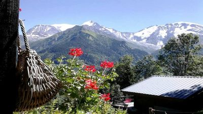 Photo for CHALET 4 PEOPLE FACING THE MONT BLANC MASSIF. TERRACE. PRIVATE PARKING 1 PLAC