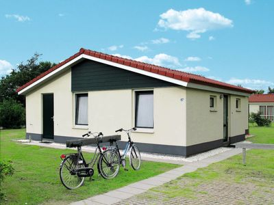 Photo for Vacation home Ferienpark Boomhiemke (AME135) in Ameland - 6 persons, 3 bedrooms