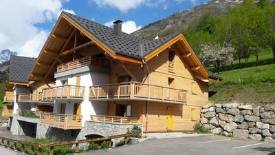 Photo for New apartment in a chalet in Vaujany - Alpe d'Huez