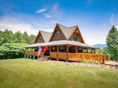 Photo for Sunrise Meadow Cabin near Gatlinburg. Time to relax in the Smoky Mountains of TN