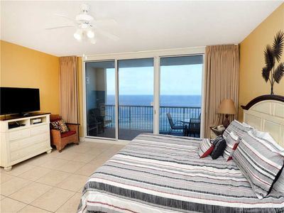 Sunrise Views - Enjoy beautiful views from the comfort of your bed! Life doesn't get much better than this!