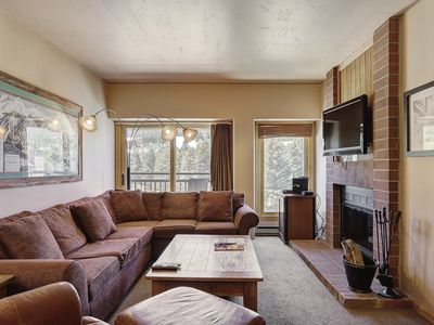 Photo for Slopeside Spacious Ski Condo Near the Shops with Access to 4 Hot Tubs!