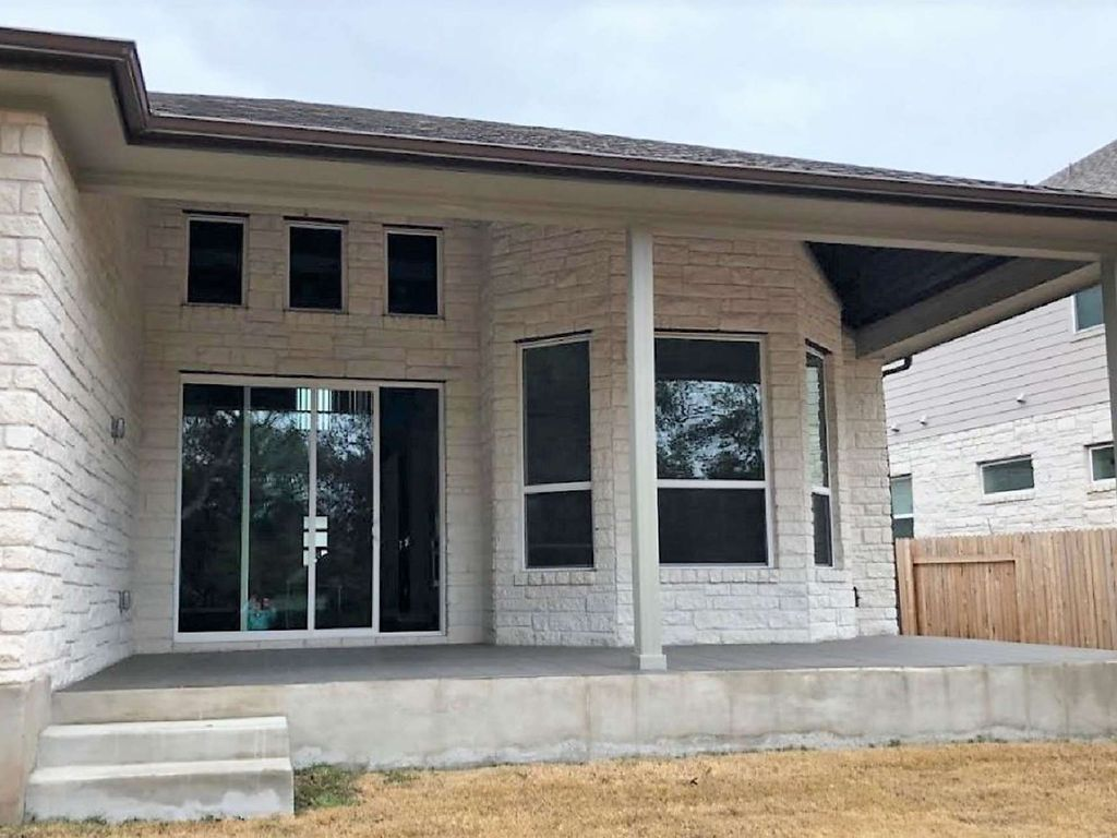 A minimalist's dream! You're going to love this BRAND NEW custom home in prestigious Circle C Ranch!