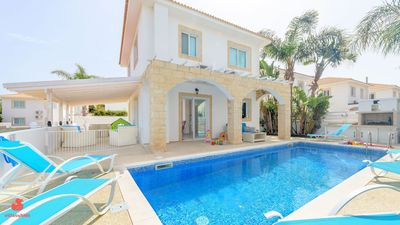 Photo for Villa Maria - Three Bedroom Villa, Sleeps 6