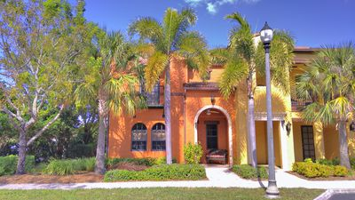 Photo for Nice 3 bedroom End unit / Townhouse in Ole at Lely Resort