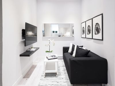 Photo for 2-Bedroom Condo downtown Montreal