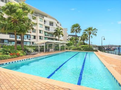 Photo for 2BR Apartment Vacation Rental in New Farm, QLD