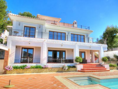 Photo for Breathtaking 5 bed, 5 bath villa with stunning views and infinity swimming pool.