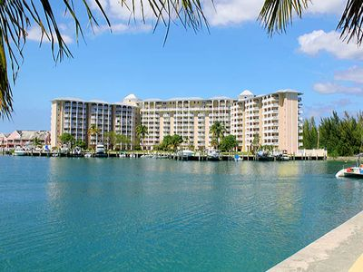 Beautiful Freeport Bahama Condo overlooking Port Lucaya Marina & the Ocean
