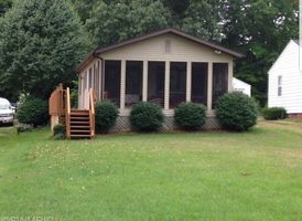 Photo for 2BR House Vacation Rental in Vandalia, Michigan