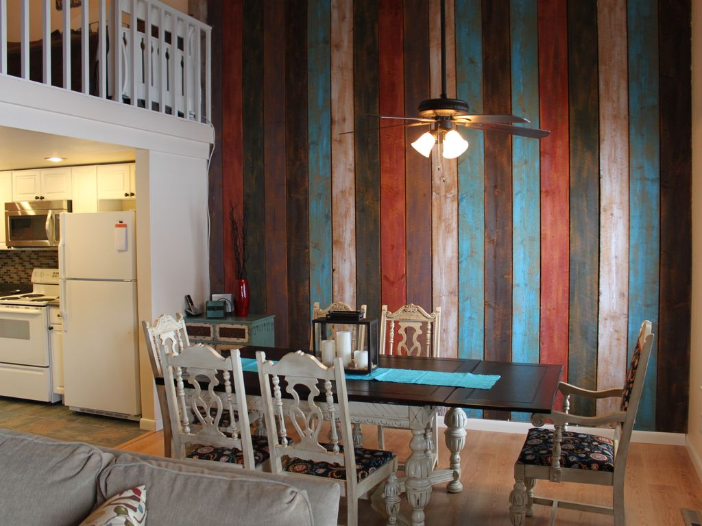 Recently Renovated Family Getaway Homeaway