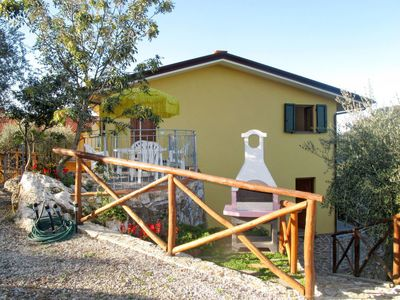 Photo for Apartment Ca`del Lovi (CHI141) in Chiatri - 6 persons, 2 bedrooms