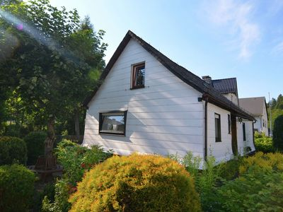 Photo for Detached holiday home with garden on the edge of the forest in Ramsbeck, in the Sauerland