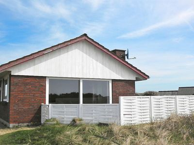 Photo for 6 person holiday home in Henne