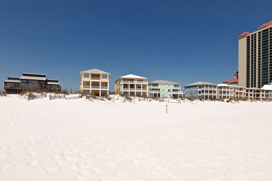 Dalarna: 12 BR / 12 BA house in Orange Beach, Sleeps 30
