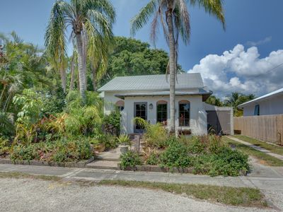 Photo for Cozy Hobe Sound Bungalow