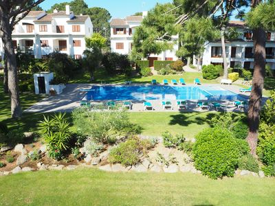 Photo for Apartment with pool and barbecue in Pals 3 minutes from the beach