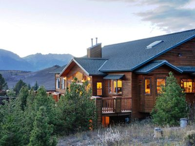 Photo for Keystone 6br Family Home (sleeps 19 adults; 4874 Sq. Ft.); 10 mile Mountain view