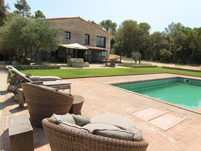 Photo for 4 bedroom Villa, sleeps 8 in Fonteta with Pool and WiFi