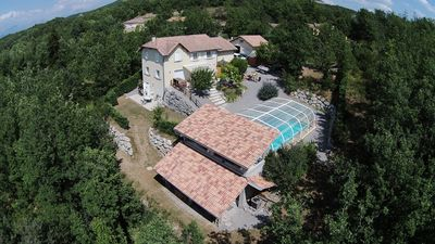 Photo for furnished cottage in villa between Provence and the southern Alps