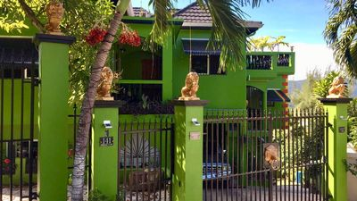 Photo for Lion Hide Villa: Yellow Door Apartment, large 2 bedroom