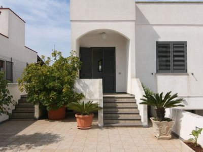 Photo for Spacious Holiday Apartment with Terrace; Parking Available, Pets Allowed