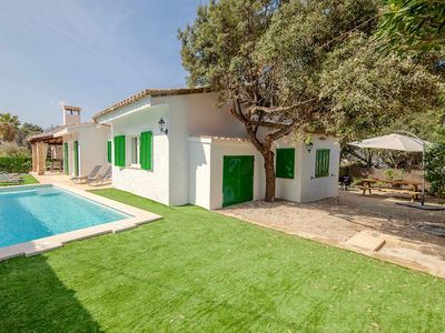 Photo for Catalunya Casas: Lovely Villa Pareo for 6 guests only 1.5km to the beach!