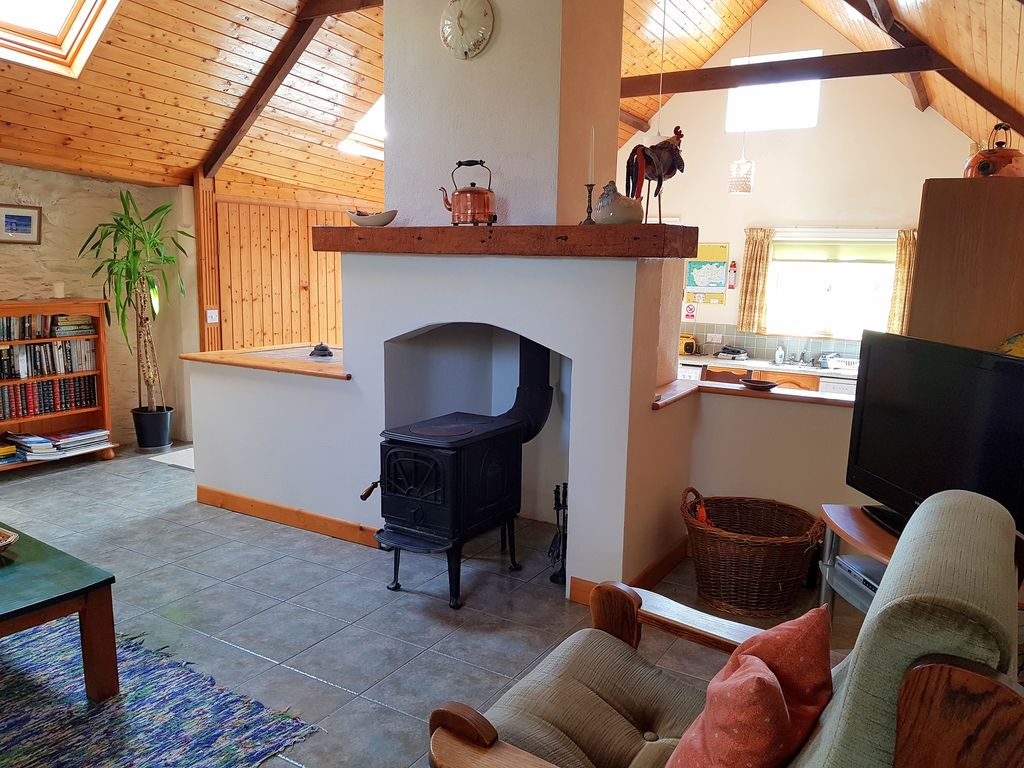 gorgeous spacious cottage in pretty garden homeaway rh homeaway com