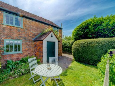 Photo for 1 bedroom Cottage in Wootton - IC159
