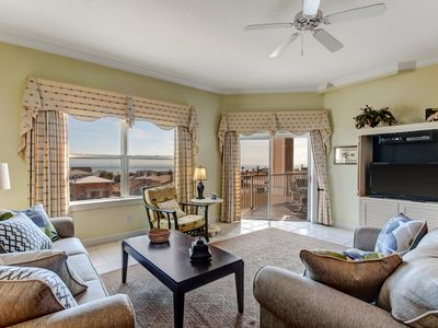 NEW REDUCED RATES FOR SUMMER  Bright and Cheery Ocean Park 3rd Floor Condo