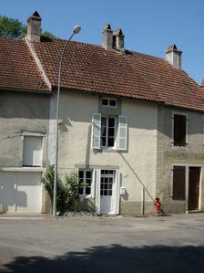 Photo for Charming traditional stone built house in a delightful village
