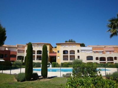 Photo for App with garden, 2 swimming pools, tennis 5min from the center / beaches - air-conditioning - wifi