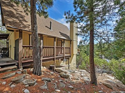 Lake Arrowhead welcomes you to this 3-bedroom, 2-bathroom vacation rental house!